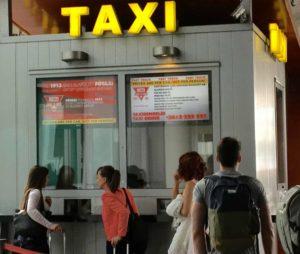 Fötaxi Schalter am Flughafen Budapest