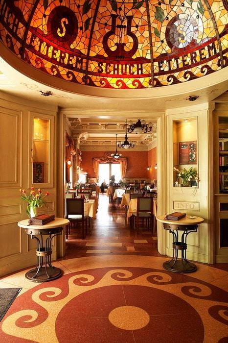 Restaurants in Budapest - Dunacorso 3