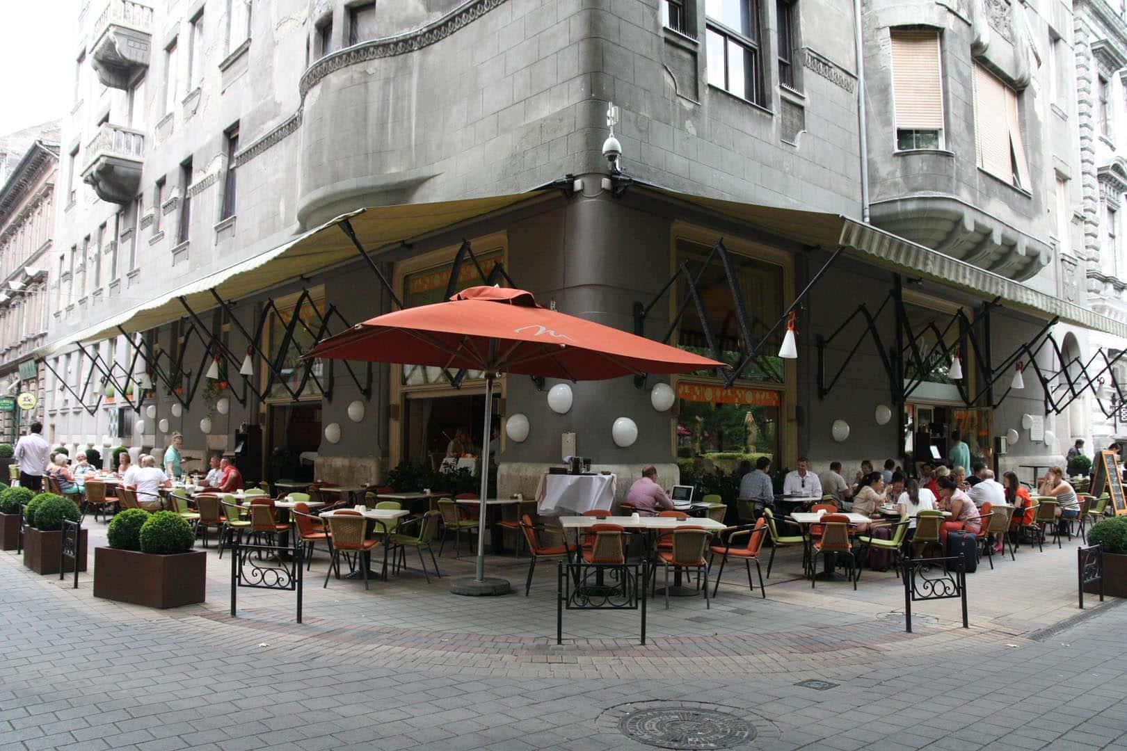 restaurants in Budapest - menza 1