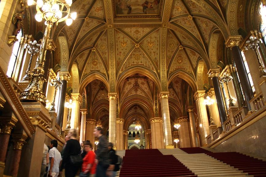 interior des Budapester Parlaments