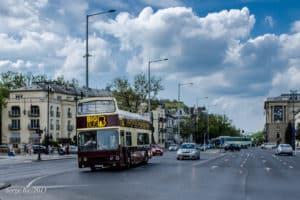 Doppeldeckerbus durch Budapest