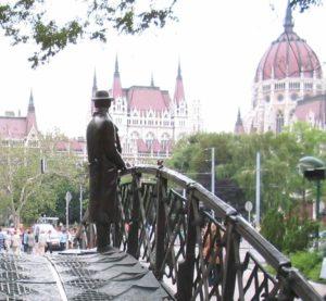 Nagy Imre Statue