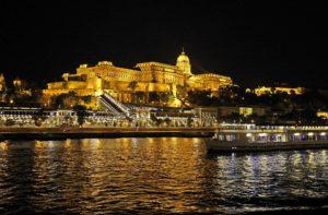 Budapester Kreuzfahrten auf der Donau